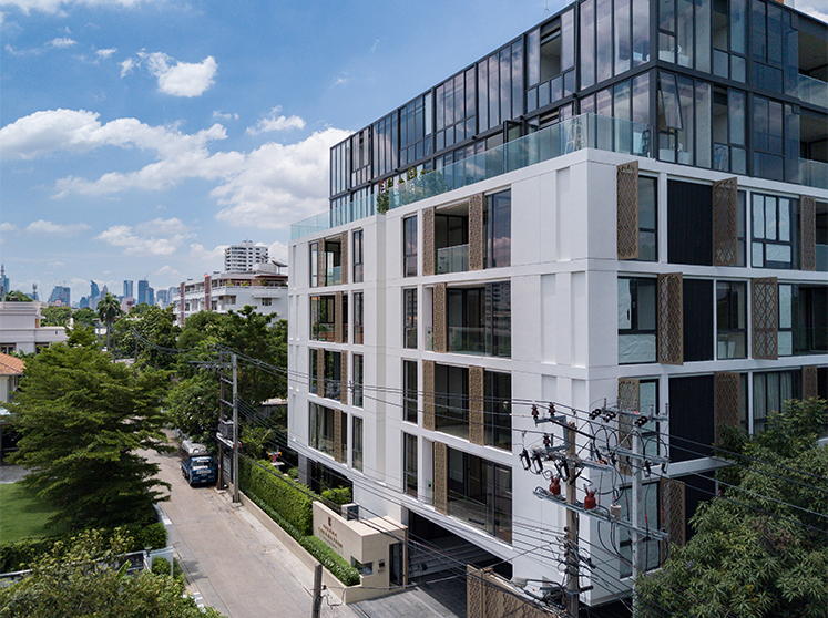ISSARA COLLECTION SATHORN